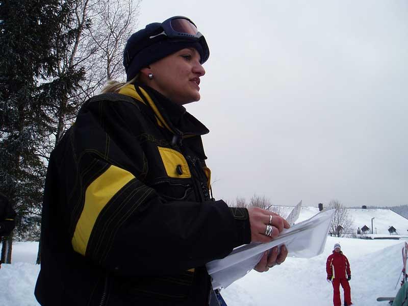 17314731820a Z v re n  expedice do Nov ch Hut  zavr ila ly a sk  i snowboardistick   vyu ov n  a tak jsme si u ili z v re n ho slalomu